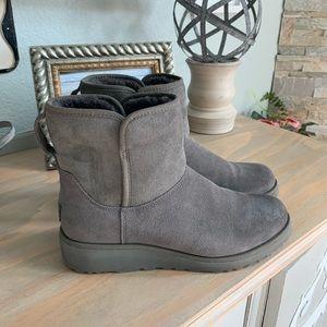 Ugg Kristin short boot